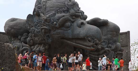 Daya Tarik Utama Tempat Wisata Bali GWK Culture Park