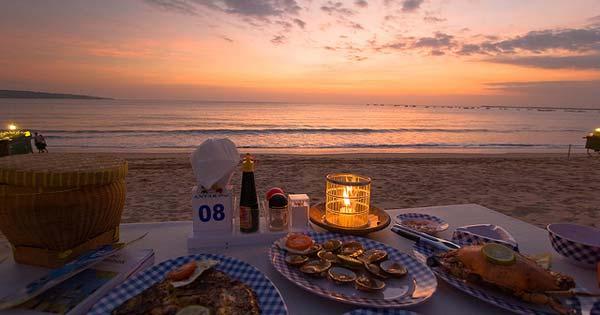 Sunset Pantai Jimbaran - Tempat Wisata Favorit Bali