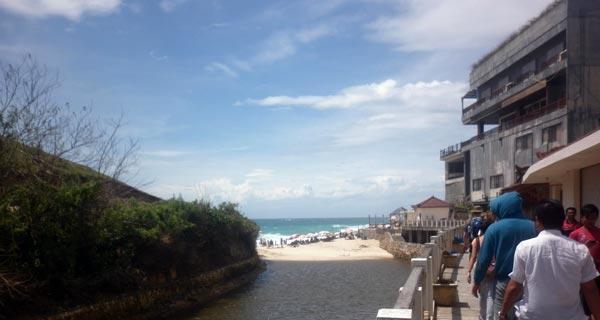 Jalan Menuju Pantai Dreamland