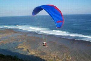 paragliding Bali 300x200 Tempat Wisata Di Bali