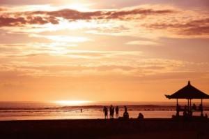 sunrise sanur 300x199 Tempat Wisata Di Bali