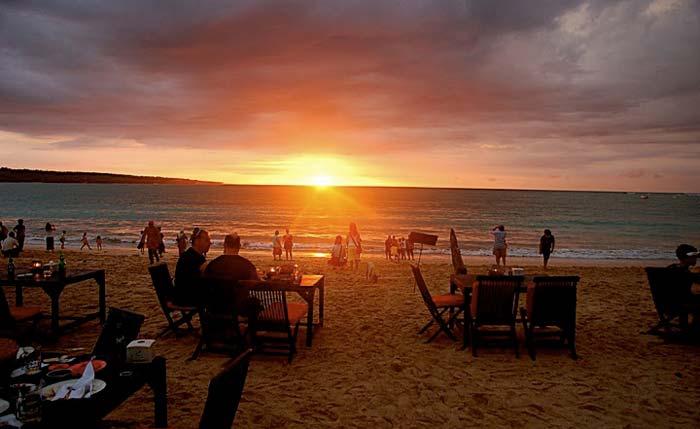 Pemandangan Sunset Jimbaran