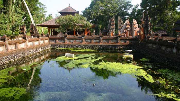Pura Tirta Empul Bali, Pemandian Suci Dengan Nuansa Budaya Yang Magis