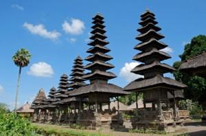 Pura Taman Ayun 300x198 Tempat Wisata Di Bali