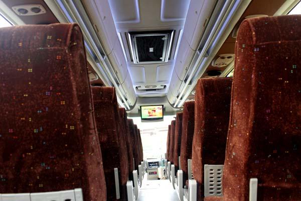 interior bus 8