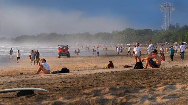 Kuta tempat wisata di Bali yang wajib dikunjungi