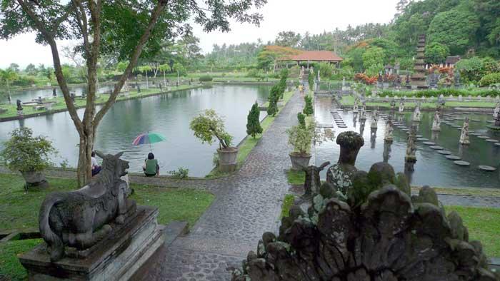 Objek Wisata Tirta Gangga Bali