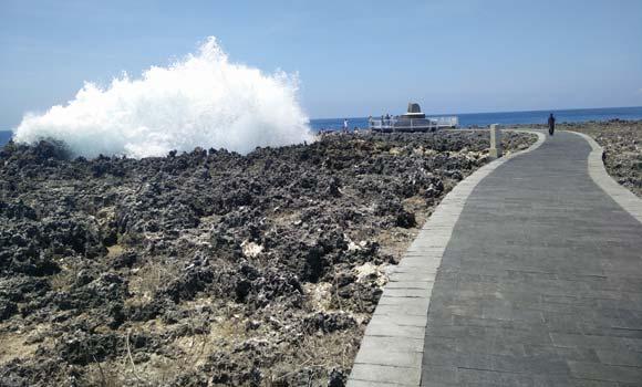Jalan Menuju Lokasi Bali Waterblow