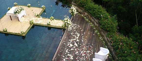 hanging garden wedding ubud