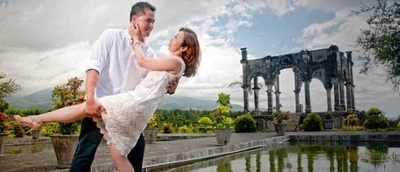 pre wedding taman ujung bali - 10 tempat prewedding di bali