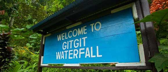 Papan Petunjuk Gitgit Waterfall Bali