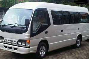 Rental Isuzu ELF 18 Seat Bali