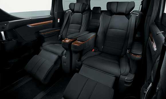 Interior Tipe 3.5 Toyota Alphard Indonesia