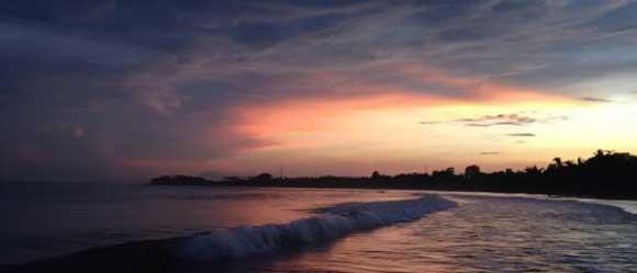 pemandangan matahari terbit pantai lovina buleleng bali