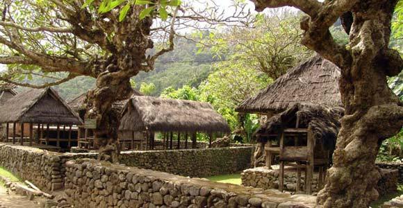 Desa Tenganan Pegringsingan Tempat Wisata Unik Di Bali