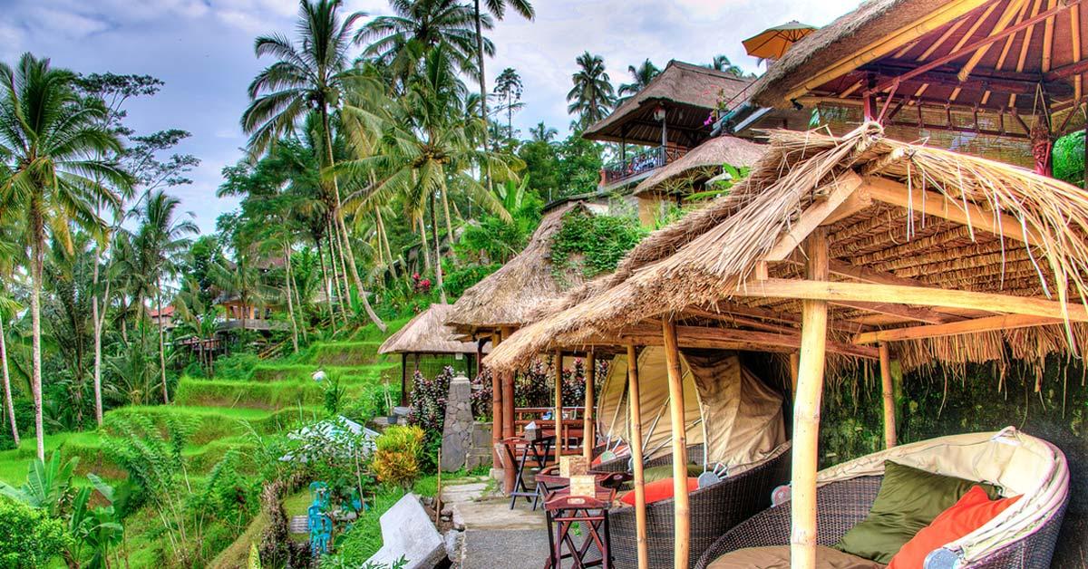 10 Tempat Bulan Madu Di Bali Yang Romantis