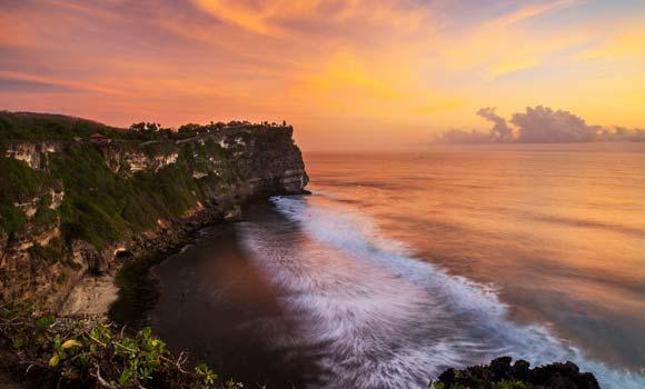 Sunset Pura Uluwatu