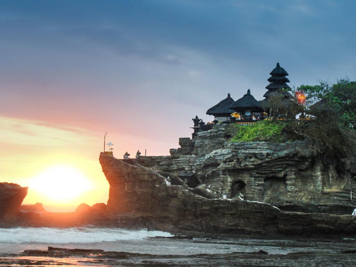 Harga Tiket Masuk Tanah Lot Bali 8 Wisatawan Indonesia Terbaru