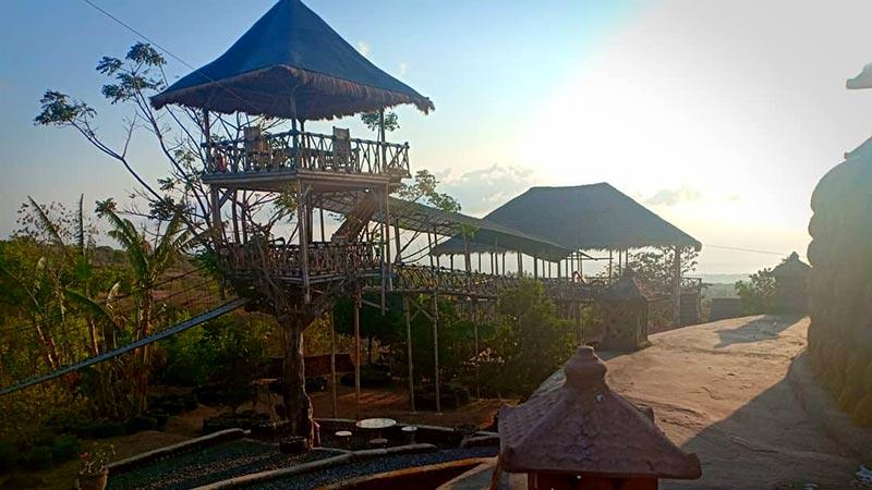 Rumah Bambu Karangasem