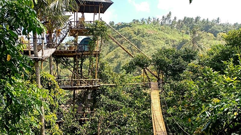 Rumah Bambu Tempat Wisata Bali Timur