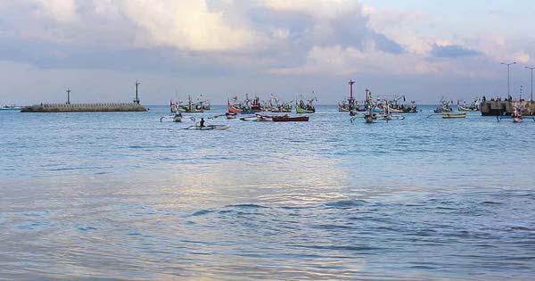 Perahu Nelayan Pantai Kedonganan Bali