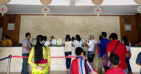 Lobby Tempat Membeli Tiket Masuk Taman Nusa Gianyar