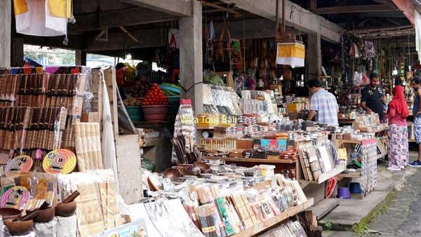 Pasar Tradisional Candi Kuning - 8 Tempat Rekreasi Di Bedugul