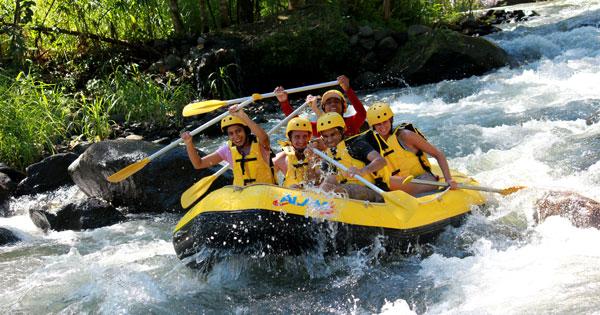 Paket Tour Rafting Bali