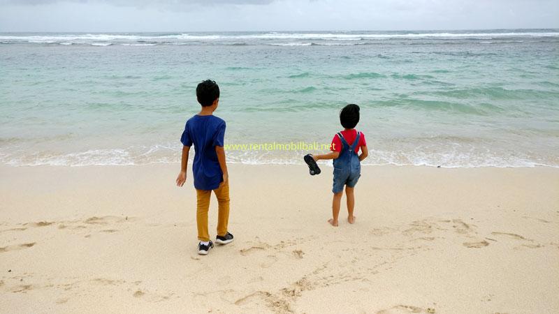 Pantai Melasti Ungasan Bali Untuk Liburan Anak Di Bali