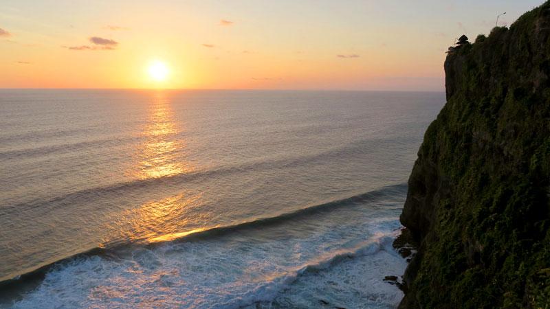 Pemandangan Samudra Hindia Dari Tebing Di Uluwatu