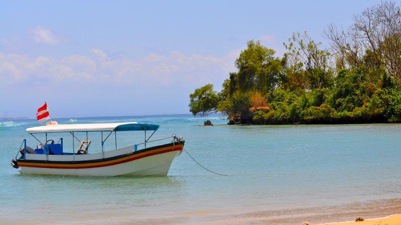 Pantai Geger Nusa Dua