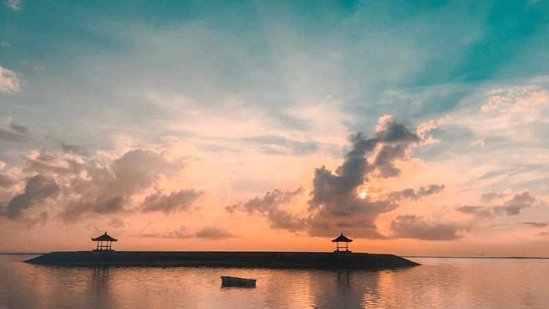 Pemandangan Pantai Karang Sanur Sunrise - Tempat Wisata Sanur Bali