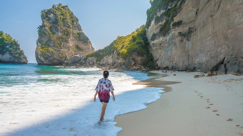 Pantai Di Nusa Penida - Itinerary Bulan Madu 6 Hari Bali