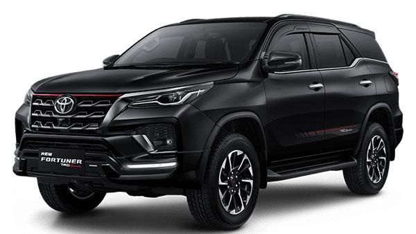 Attitude Black Toyota Fortuner