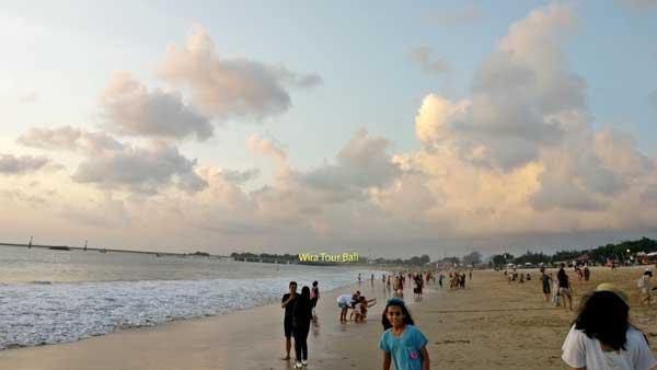 Kebersihan Jimbaran Beach