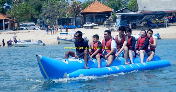 Harga Aktivitas Naik Perahu Pisang