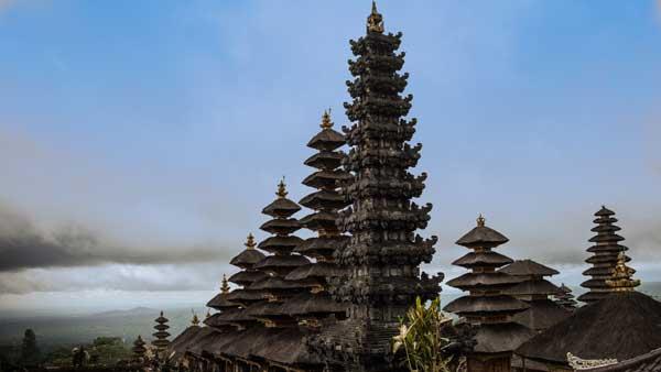 Pura Besakih - Paket Tour Di Bali 6 Hari